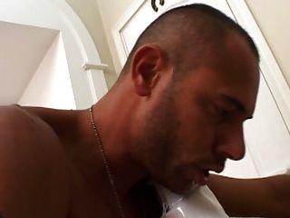 Busty russo madura suga e fode com galo novo