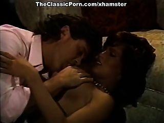 Filme pornô vintage com sexy retro babe