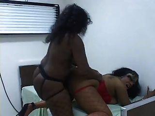 Lésbicas pretas no consultório médico