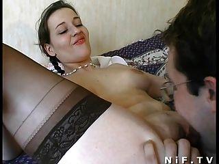Amador francês casal ter sexo na cama