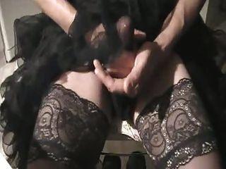 Usar anágua quente, masturbar e cum através nylons