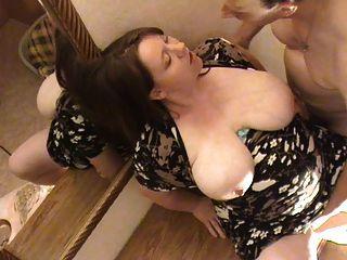 Bbw alemão grávida fodido no peito