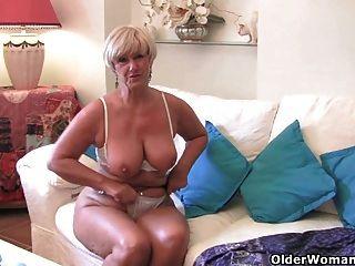 Top 3 british grannies em xhamster