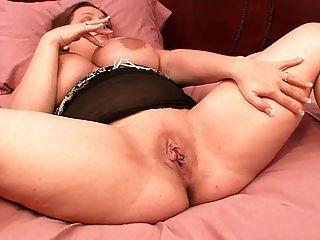 A esposa grande do bbw do tit dá-me em meninas que eu tenho a pornografia homemade