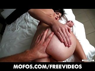 Vamos tentar anal bonito gf lacey laveah é falado em sexo anal