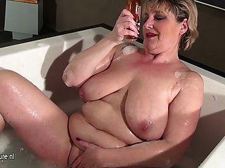 Madura, mãe, slut, saggy, peitos, tomar, banho