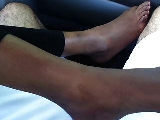 Pé pés indianos fetiche (footjob sexy, solas e tease do dedo do pé)