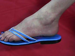 Descalço e sapatos