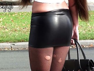 Julie, skyhigh, prostituta, algemado, spandex, saia, nude, barriga