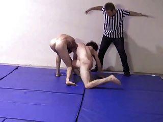 Série de strip wrestling