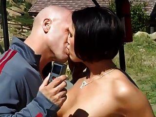 Atordoante estudante pechugón adora sexo público