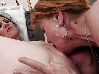 Compartilhando sua experiência lésbica com