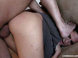 Livegonzo kara anal fodendo por diversão