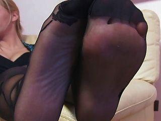 Mulher agradável nice nylonfeet 24