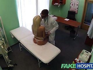 A recomendação dos doutores do fakehospital tem o blonde \|Amador|babes|loiras|pov|voyeur|
