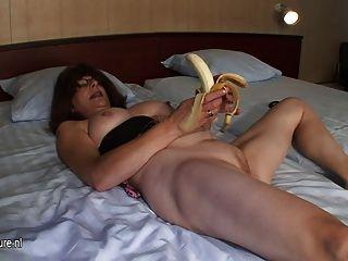 Mordida masturbate raspado com banana
