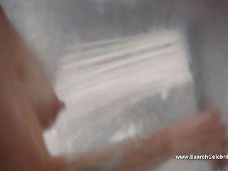 Julianne moore cena de chuveiros nua chloe (2009)