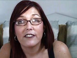 Linda entrevista aos pêssegos aos 39 anos