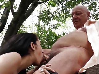 Homens idosos tesão seduzem grávida vizinhos esposa