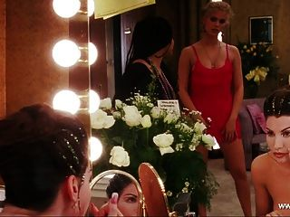 Gina gershon topless cena showgirls hd