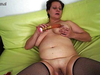 Amador, maduro, mãe, grande, saggy, peitos