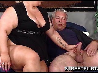 Bbw gordo grande real dá algum blowjob sloppy