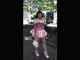 Donna sissy slut passeio público