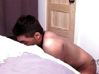 Amante cuckold árabe escravo pé adoração boot threesome
