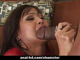 Hot asian slut em trio com penetração anal e dupla