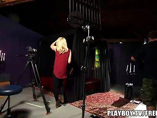 Casal faz primeira pornografia com tv playboy