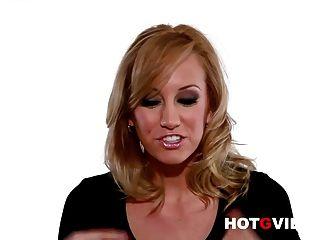 Hot g vibra entrevistas sexy loira pornstar brett rossi