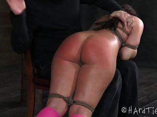 Otk spanking slut em corda bondage