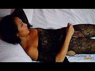 Hot pamela transexual asiática em lingerie