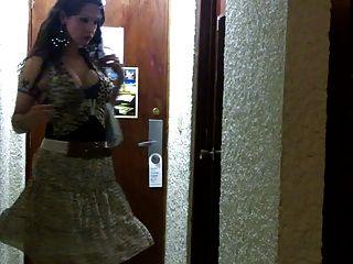 Ladyboys nikki pronto para a prostituição