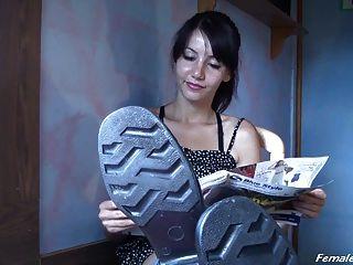 Adoração de botas de borracha