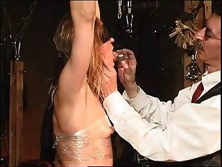 Dois escravos para o mestre