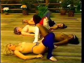 Aeróbica desnuda vintage
