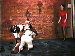 Ballbusting amarrado testículos torturados, cbt
