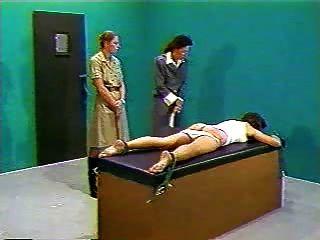 Punição corporal na prisão