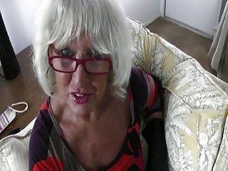 Hot sexy mais velho puma hj em luvas de couro pov