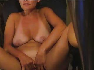 44 anos dona de casa se masturba em casa