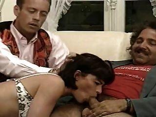 Beatrice valle francês clássico 90s