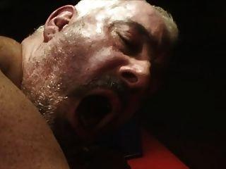 Homem magro fode o homem gordo
