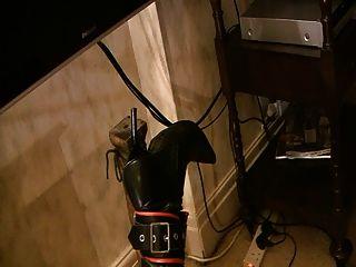 Sub ligado às pernas da mesa pt3