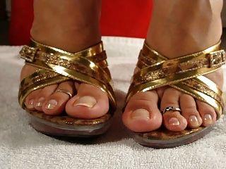 Cum para seus pés
