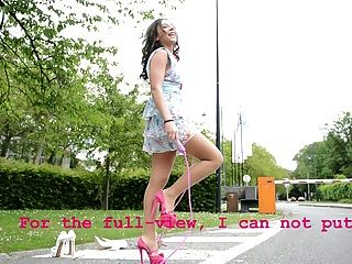 Adolescente, pular, corda, alto, saltos, upskirt, vistas
