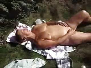 Assistir orgasmo da avó sexy.Amador mais velho