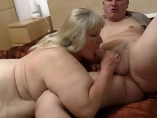 Granny gorda com corpo flabby \u0026 guy