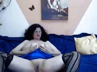 Webcam 46 anos de idade madura com tetas grandes provocando