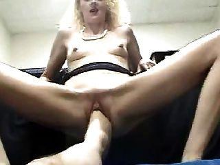 Duas pernas na buceta